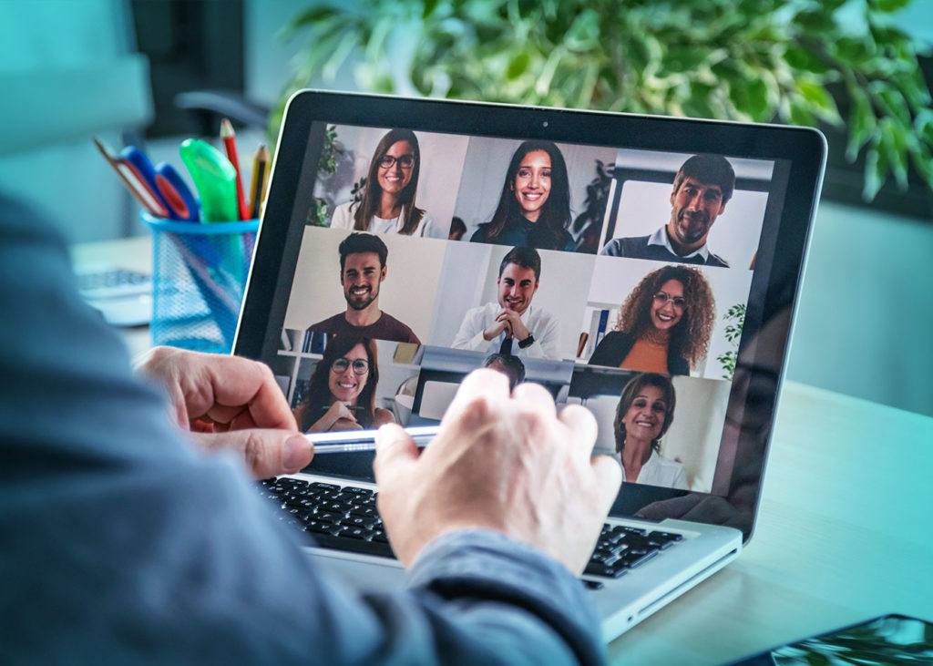 How to manage remote teams: Your checklist for onboarding remotely